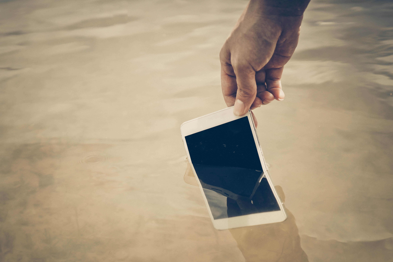 Smartphone waterproof - Blog SFAM