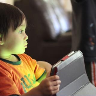 conseils meilleurs outils proteger enfants espace numerique - Blog SFAM